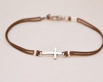 Bracelet homme croix catholique