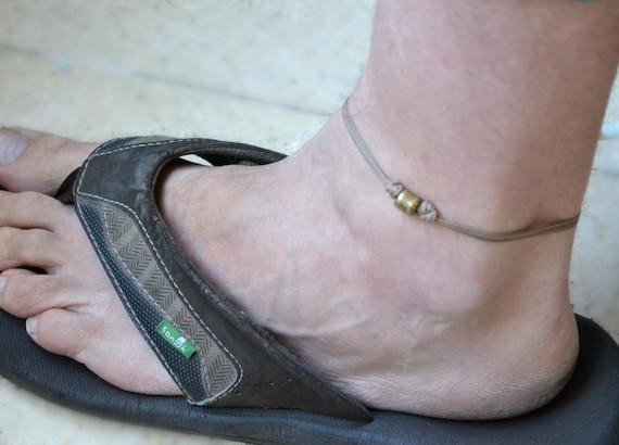super calidad online para la venta varios tipos de Tobillera para hombres - pulsera para el tobillo de los hombres con el  encanto de un tubo de bronce y un cable marrón - pulsera para el tobillo  para ...