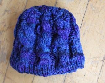 Newborn sized wool hat