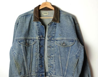 Damaged Vintage Guess Leather collared Denim Jacket  Jean Jacket from 90 s 7a4500a2d1a19