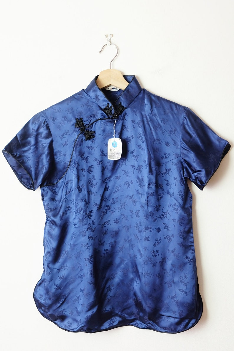 Vintage Dark Blue Floral Chinese Cheongsam Short Sleeve BlouseDead Stock
