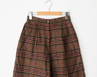 Vintage Brown Plaid/Check High Waisted Wool blends pleated Shorts/W24