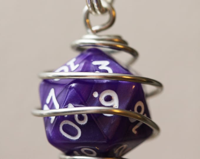 Wire Wrapped D20 Gamer Dice Keychain, Caged D&D Gamer Dice Key Chain, Dice Charm, Dice Keychain, Dice Zipper Pull, Dice Bag Charm