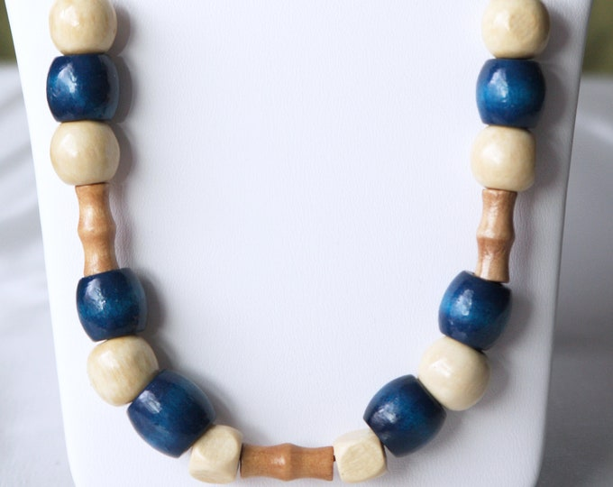 Blue and Tan Wood Beaded Geometric Necklace in Vintage 60s and 70s Style, Blue Wood Necklace, Dark Blue and Ivory Wood Bead Retro Necklace