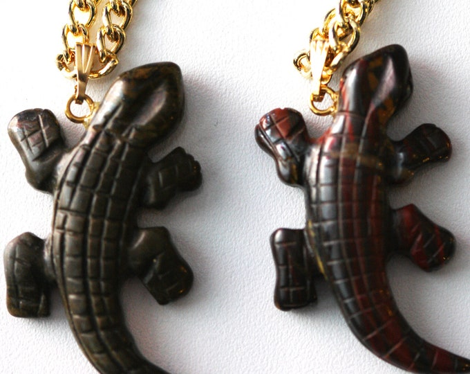 Unisex Carved Brown Tiger Iron Desert Lizard Pendant Necklace, Gecko Necklace, Alligator Necklace, Retro Vintage Mens Crocodile Necklace