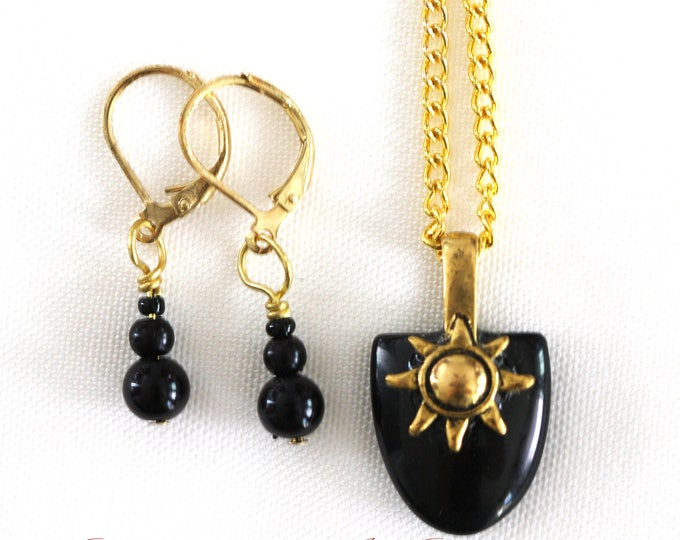 Black Sun Reversible Obsidian Gemstone Tablet Necklace and Earrings Set, Gold Sun Obsidian Pendant Gemstone Necklace and Matching Earrings