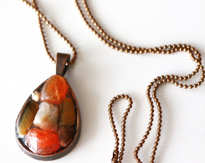 Vintage Boho Hippie Tiger Eye, Agate and Carnelian Brown and Orange Fall Gemstone Antique Copper Teardrop Pendant Necklace