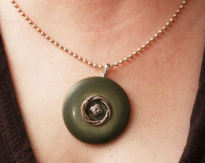 Vintage Button Necklace, Olive Upcycled Pendant Necklace,  Antique Green Silver Recycled Vintage Button Necklace, Military Green Necklace