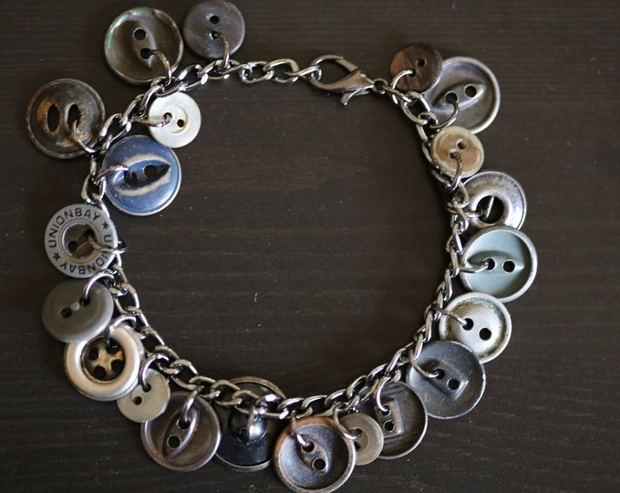 Upcycled Gunmetal Vintage Button Charm Bracelet, Gray Metal Boho Button Charm Bracelet, Punk Grunge Rocker Metal Button Charm Bracelet