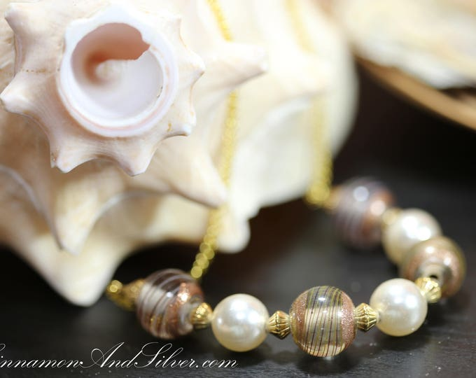 Vintage Brown and White Stripped Glass and Pearl Bead Necklace, Brown and Gold Glass Beaded Vintage Pearl Necklace