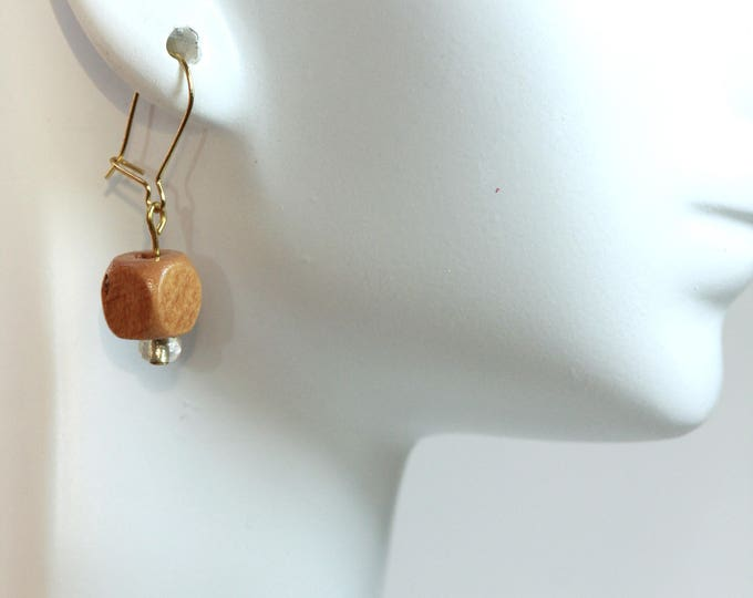 Simple Tan Wood Cube Drop Earrings, Geometric Light Brown Wood Square Drop Earrings, Minimalist Wood Bead Square Simple Drop Earring