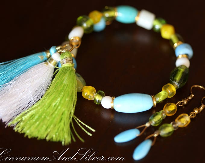 Tropical Beach Caribbean Beaded Bangle Adjustable Bracelet and Earrings Jewelry Set, Bright Colors Bracelet and Earrings Jewelry Set