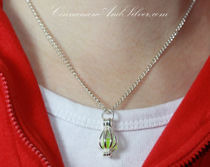 Teeny Tiny Caged Gamer Dice Pendant Necklace, Tiny Baby Caged Gamer Dice, Caged Tiny D&D Dice, Baby Dice Charm Necklace, Baby Dice Pendant