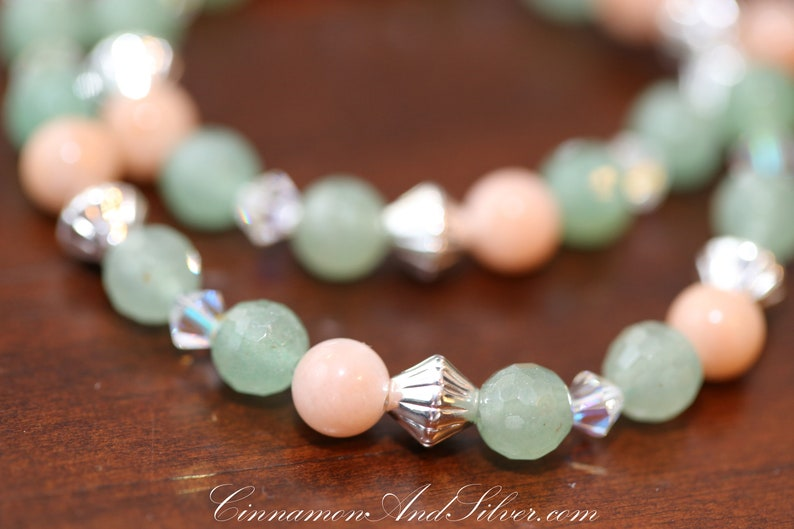 Boho Gemstone Necklace Vintage Style Jewelry Beaded Crystal Statement Necklace Jade Green Aventurine Necklace Gypsy Rose Quartz Necklace