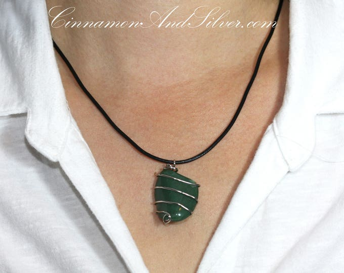 Green Jasper Stone Wire Wrapped Pendant, Simple Green Gemstone Pendant, Emerald Green Polished Semiprecious Gemstone Pendant