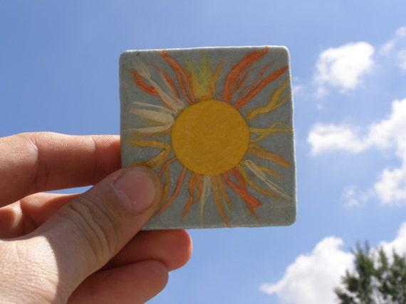 Aimant de jaune soleil aimant, aimant de réfrigérateur, réfrigérateur à la main fabriqué en bois et papier de riz sunburst