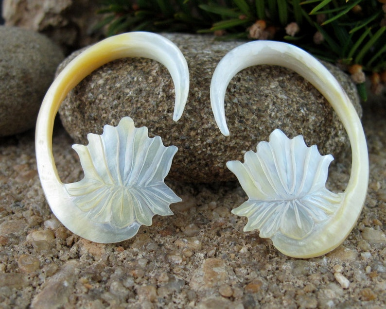 5//8 Sold as a Pair Organic Sono wood with Mother of Pearl Lotus Plug