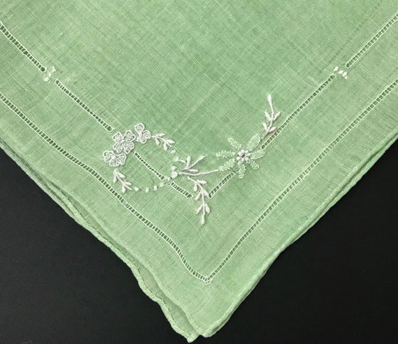 Madeira Floral Towel Pair Green Applique Embroidery Hand Work Wedding Anniversary Birthday Bridal Collector Christmas Gift for Her Vintage