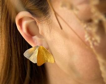 Handmade leaf-shape silver earrings (E0212)