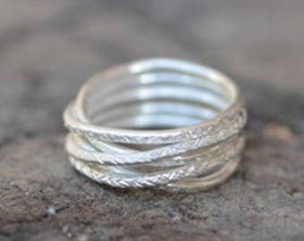 Criss cross handmade wraparound silver ring with hammered texture (R0031)