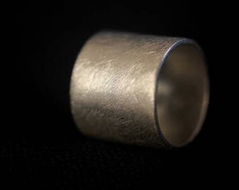 Handmade silver tube scratched surface ring (R0008)