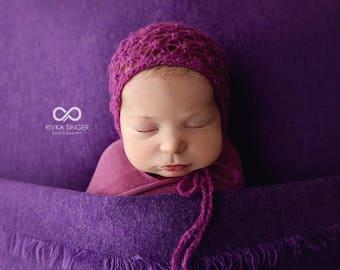 Newborn bonnet, Baby Girl Bonnet , Newborn Photo prop bonnet