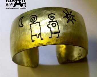 Engraved brass Cuff Bracelet -  paleolithic lovers, sun and moon