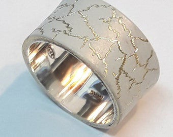 Wide band ring in sterling silver, enameled white with cracked finish and personalized text.