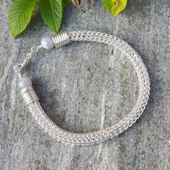 How To Make A Viking Wire Knitted Bracelet