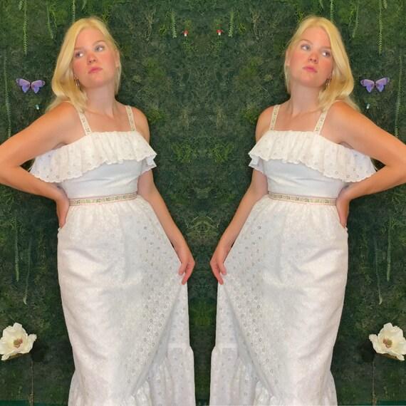 1970s White Cotton Eyelet Gown