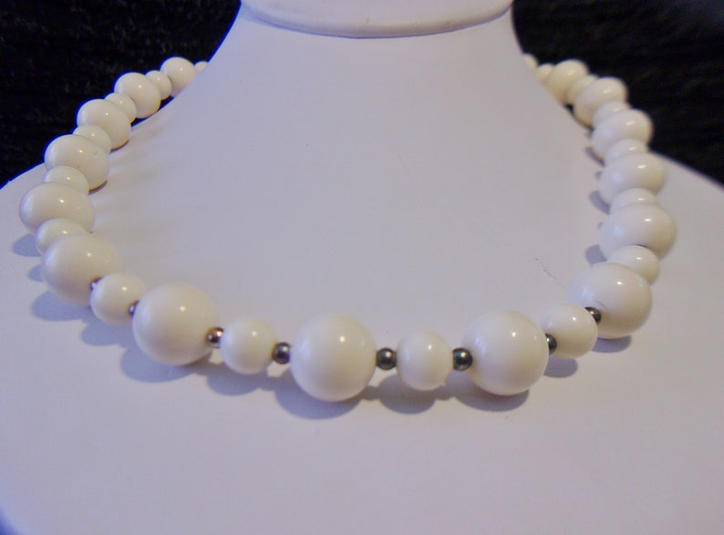 Off White Beaded Necklace Vintage Jewelry Retro Rockabilly Fashion Accessories For Her