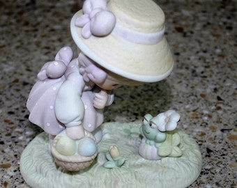 Precious Moments 1990 Hoppy Easter Friend Figurine Enesco 521906 Girl Frog Egg Basket