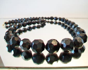 Vintage Black Faceted Beaded Necklace Graduated Retro Costume Jewelry