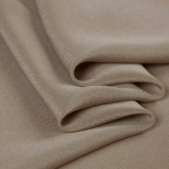 "NEW Gorgeous High Class 100/% Silk Ivory Crepe De Chine Satin Fabric 53/"" 135cm"