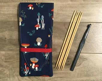Needle holder / Travel kit / knitting / crochet / sewing / on the go knitting