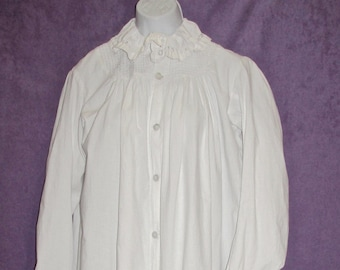 Antique Edwardian White Cotton Nightgown Dress w Lace Yoke Victorian WWI  Worlds Fair 1904 1800s Civil War Vintage night 1900s 7c1056d31