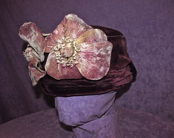 4e3b00bd47954 Antique Edwardian Hat Purple Velvet 1900s 1910s Turn of Century Suffragette  1904 World Fair Vintage Historical Free Domestic Shipping
