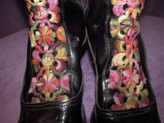 1960s Yellow Hippy Park Been Vinyl Gogo NOS Never Shipping Ashbury Black with Groovy Domestic Boots Vintage 1970s Embroidery Worn Free rF0Oxr