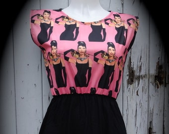 Size 10 12 14 Digital Print Skater Pin Up Audrey Hepburn /& Cat Pink Dress