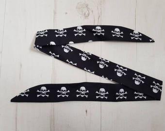 Baby Head Scarf - Black Skull & Crossbone Pirate - Cotton Bib Baby Shower Bandana Bib Boy or Girl