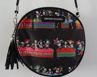 Mexican Skeleton Fiesta Black Round Handbag - Candy Skull Bag Clutch Horror Day of the Dead