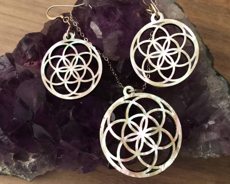 Flower of Life Earring and Necklace Set  Mother of Pearl image 0