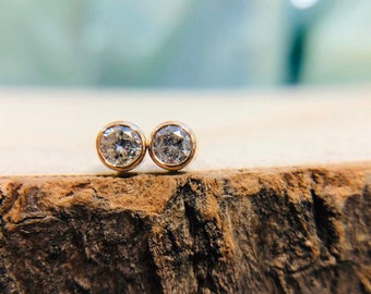 Femme Coeur Or Finition 8 mm Pave Diamond Stud Earring