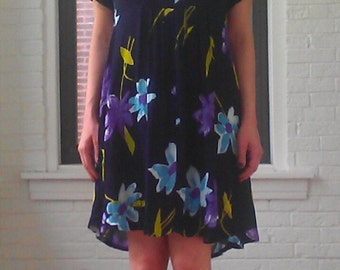 90s Crinkle Fabric Floral Printed Dress