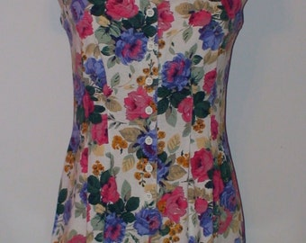Vintage 80's/90's Floral Romper!  Playsuit! Hana Brand!  Size Small!