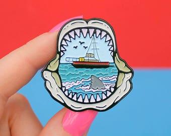 Shark jaws / mouth pin - shark teeth - jaws - shark - shark pin - pin badge - shark fin - boat - lapel pin - enamel pin