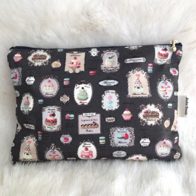 Sweets pouch image 0