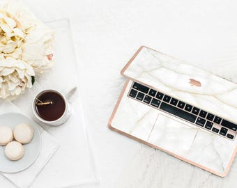 Elegant White Stone Marble . Distinctive Macbook Hard Case and Bold Rose Gold Accents . Macbook Pro 13 Case A2159  . Custom Monogram