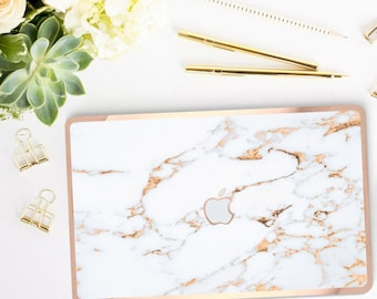 Elegant Marble Bianco Sivec Gold Veins . Distinctive Macbook Hard Case and Bold Rose Gold Accents . Macbook Pro 13 Case . Custom Monogram