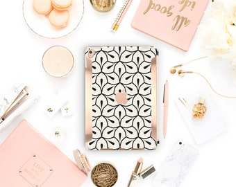"iPad Minimalist Petal  Kate Spade Inspired  Rose Gold  Apple Smart Keyboard compatible Hard  . iPad Air 10.5"" . iPad Mini 5 . iPad Pro 10.5"""